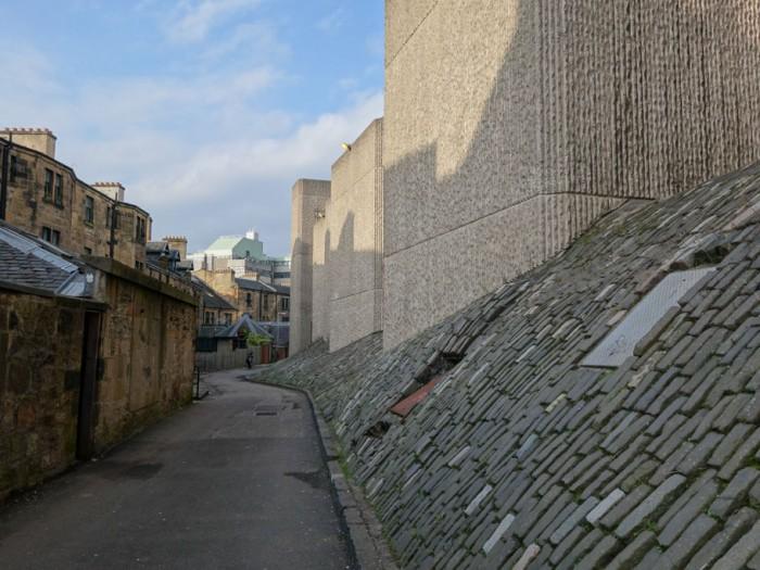 A more rare Bushhammered finish technique - Hunterian Art Gallery   Glasgow University