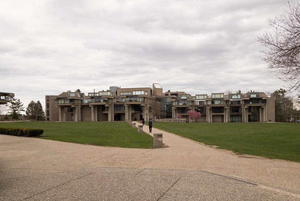 Umass dartmouth dartmouth postwar concrete postscript for Umass dartmouth architecture 666